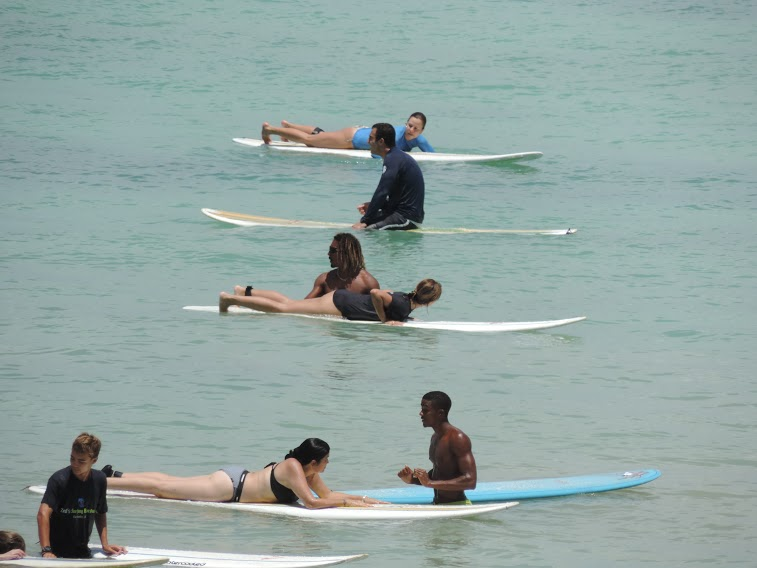 surf-instructors-teaching-students