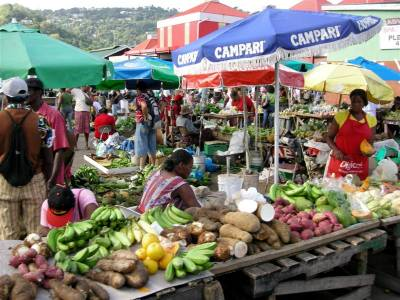 b2ap3_thumbnail_Castries-Saturday-Market-2.jpg