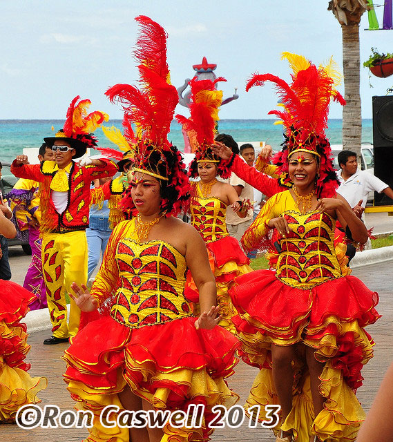 cozumel-carnival-ron-caswell
