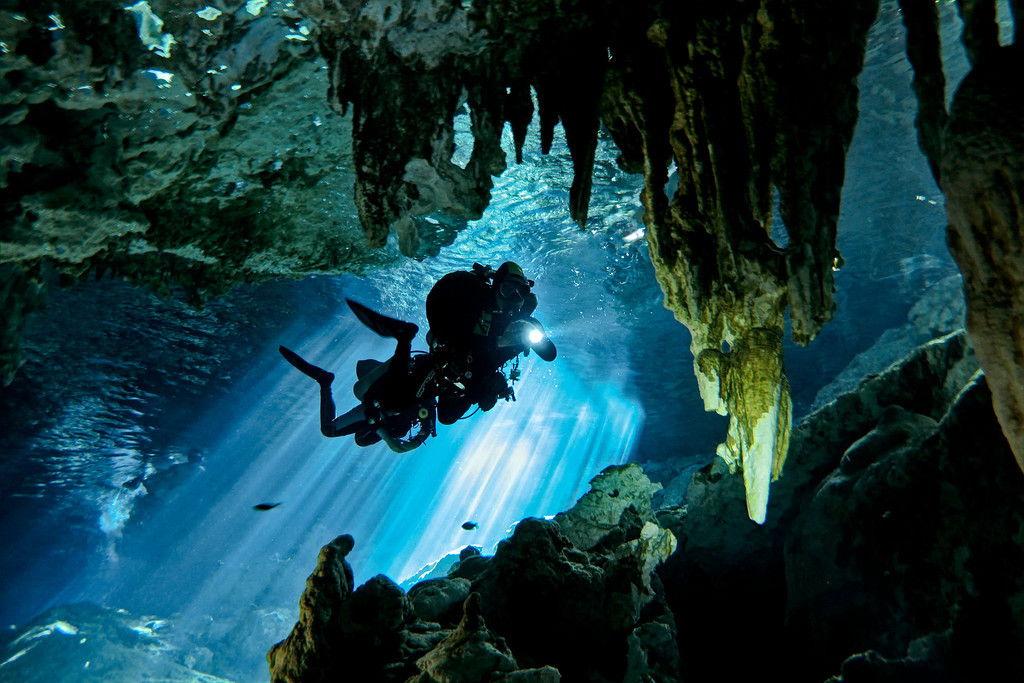 Cenote Diving Tulum