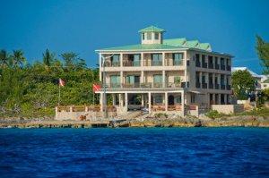 Divetech - Cayman Islands