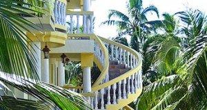 Pelican reef villas - come experience luxury.